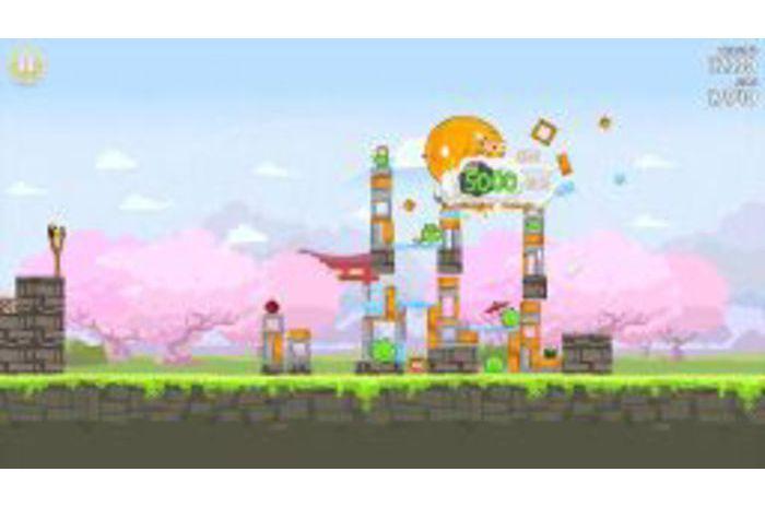 Angry Birds Seasons: Kiraz Çiçeği Festivali!